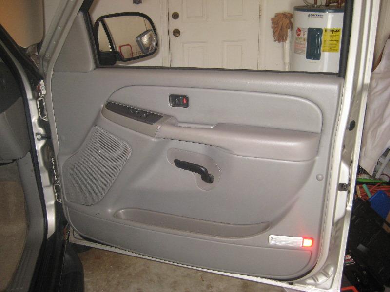 2000-2006-GM-Chevrolet-Tahoe-Interior-Door-Panel-Removal ...