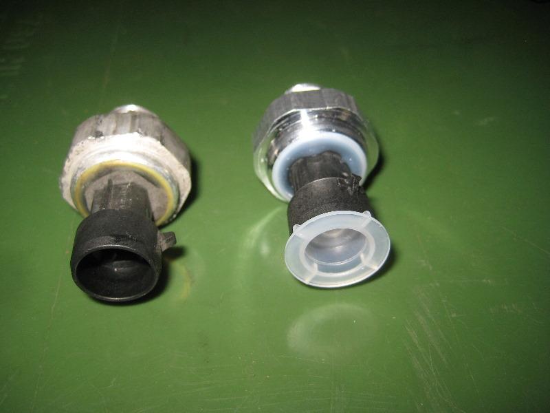 2000-2006-GM-Chevrolet-Tahoe-Oil-Pressure-Sensor-Replacement-Guide-018
