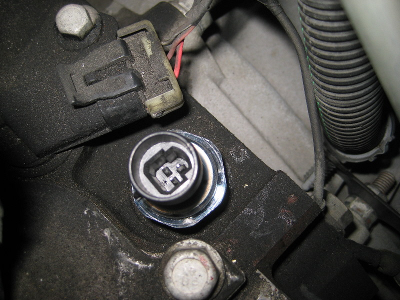Fuel Pressure Sensor additionally Maxresdefault in addition Gm Chevrolet Tahoe Oil Pressure Sensor Replacement Guide in addition Hqdefault besides Hqdefault. on 2009 silverado oil pressure sending unit