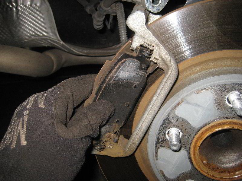 dodge grand caravan rear brake pads replacement guide