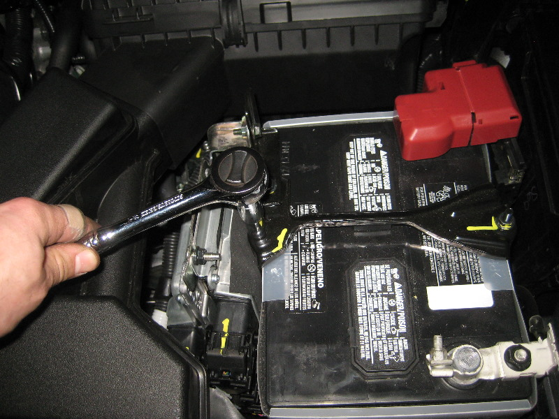 2013-2015-Nissan-Altima-12V-Automotive-Battery-Replacement ...