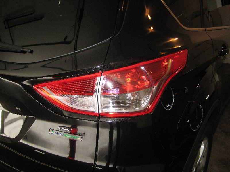 Ford Escape Tail Light Bulbs Replacement Guide on Replacement Light Bulbs