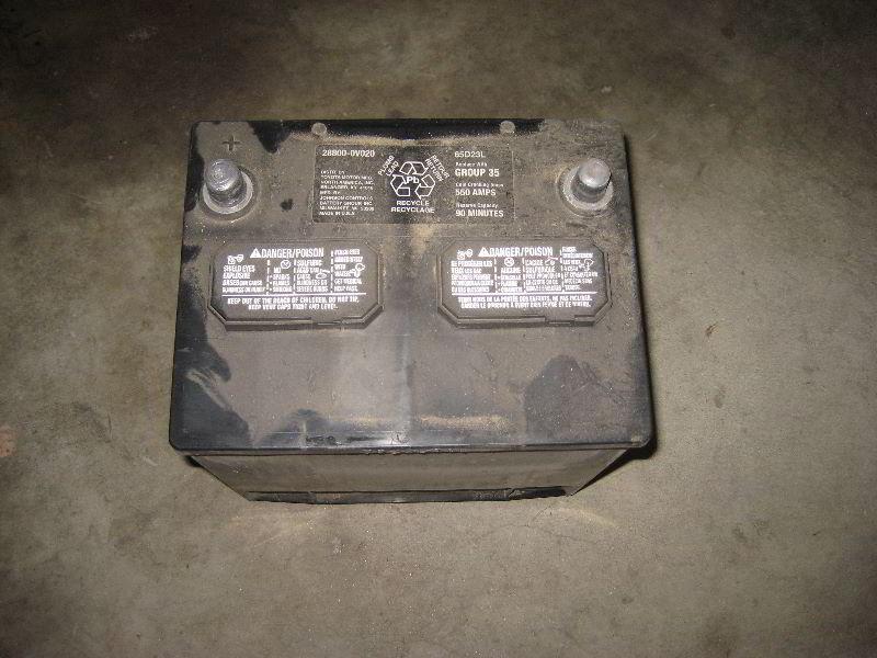 2013 2016 Toyota Rav4 12v Car Battery Replacement Guide 015