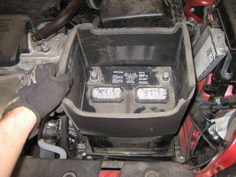 2013 2016 Toyota Rav4 12v Car Battery Replacement Guide 018