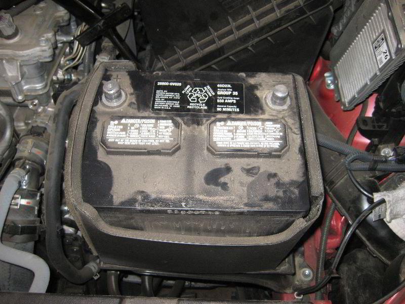2013 2016 Toyota Rav4 12v Car Battery Replacement Guide 019
