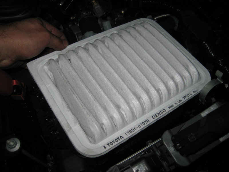 2014-2018-Toyota-Corolla-2ZR-FE-Engine-Air-Filter ...