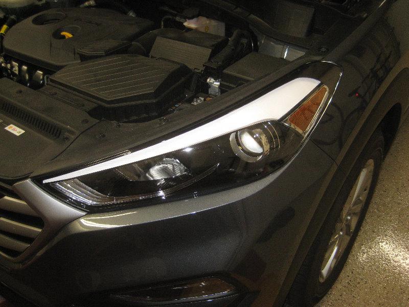 2016 2018 Hyundai Tucson Headlight Bulbs Replacement Guide 001
