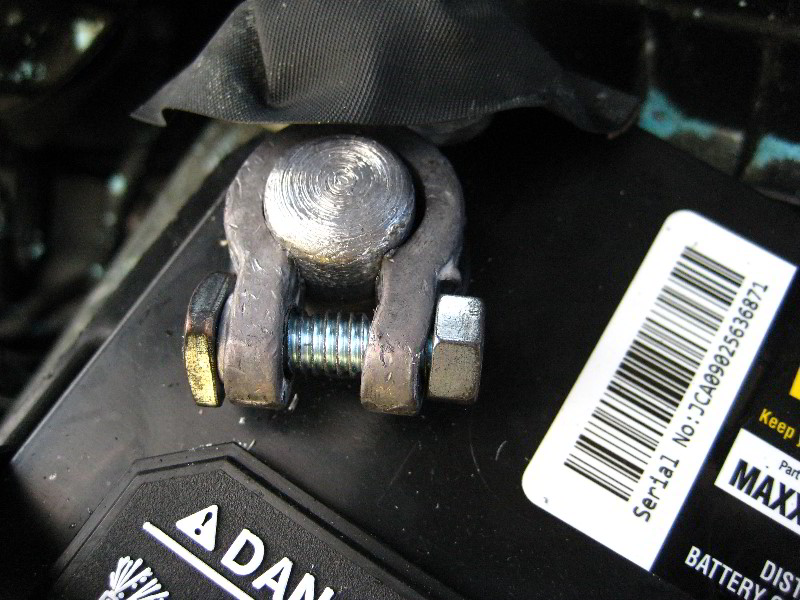 Corroded Car Battery Terminal Replacement Guide 020