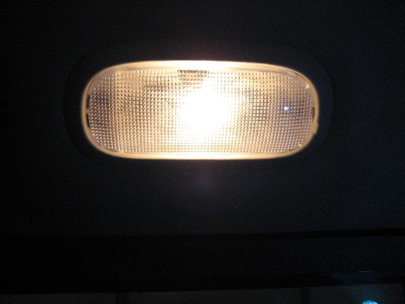 Dodge-Ram-1500-Rear-Passenger-Dome-Light-Bulb-Replacement