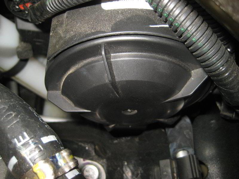 Fiat 500 Sport >> Fiat-500-Headlight-Bulbs-Replacement-Guide-014