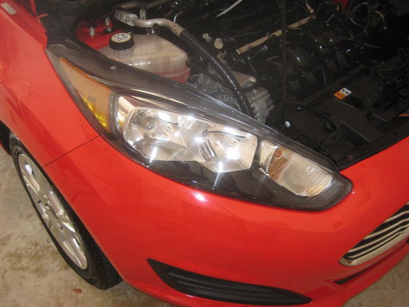 Ford Fiesta Hatchback >> Ford-Fiesta-Headlight-Bulbs-Replacement-Guide-001