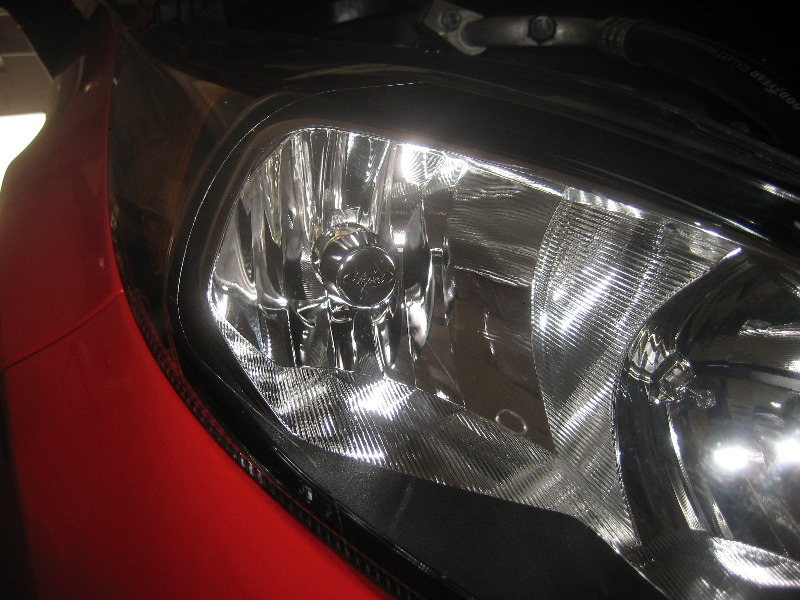 How To Change Headlight Bulb >> Ford-Fiesta-Headlight-Bulbs-Replacement-Guide-002