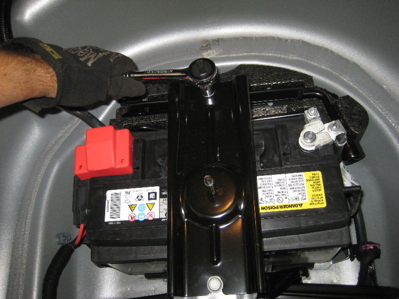 GM-Chevrolet-Camaro-12V-Automotive-Battery-Replacement ...