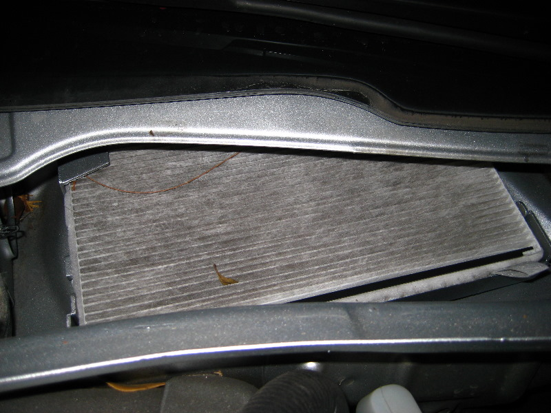 Chevyimpalaaccabinairfilterreplacementguide010rhpaulstravelpictures: Cabin Air Filter Location 2011 Chevy Malibu At Gmaili.net