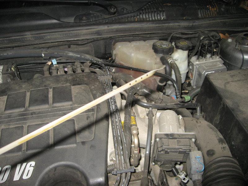 GM-Chevrolet-Malibu-3500-V6-Engine-Oil-Change-Guide-019