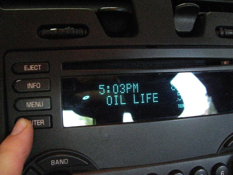 Gm Chevrolet Malibu 3500 V6 Engine Oil Change Guide 021