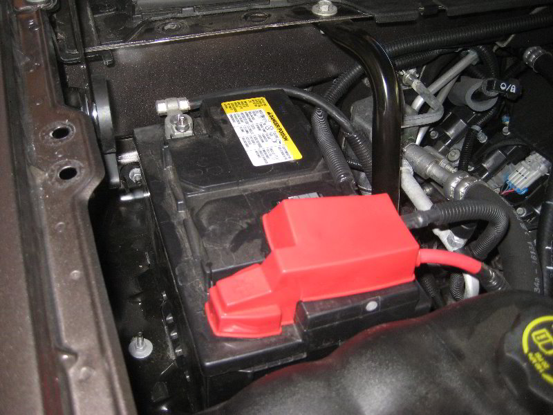 GM-Chevrolet-Tahoe-12V-Automotive-Battery-Replacement ...