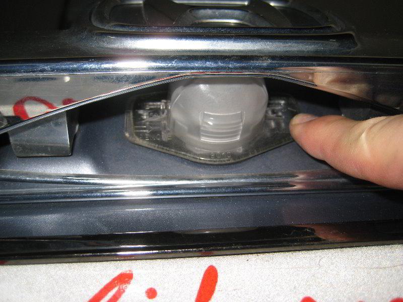 Honda Cr V License Plate Light Bulb Replacement Guide 016