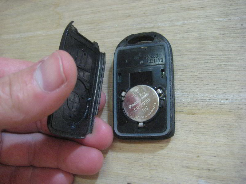 Honda Odyssey Key Replacement >> Honda-Odyssey-Key-Fob-Battery-Replacement-Guide-012