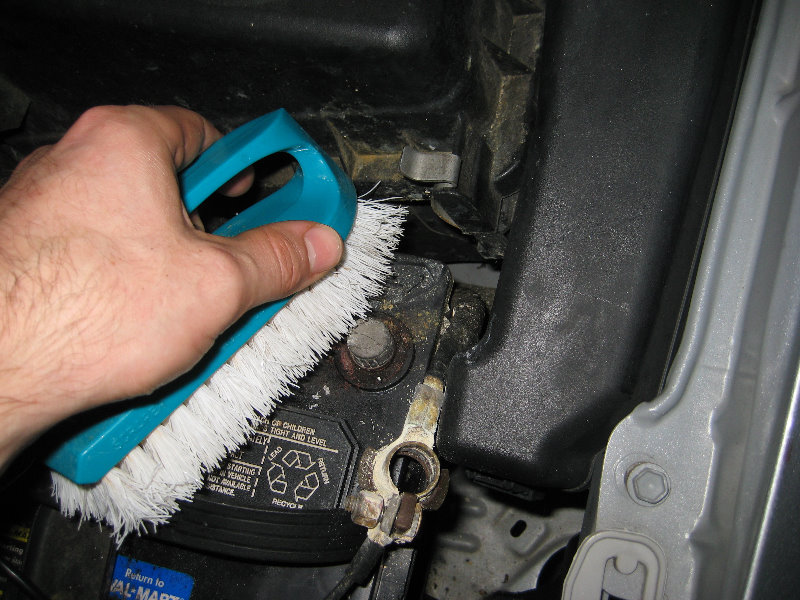 How To Clean And Stop Car Battery Terminal Corrosion 008