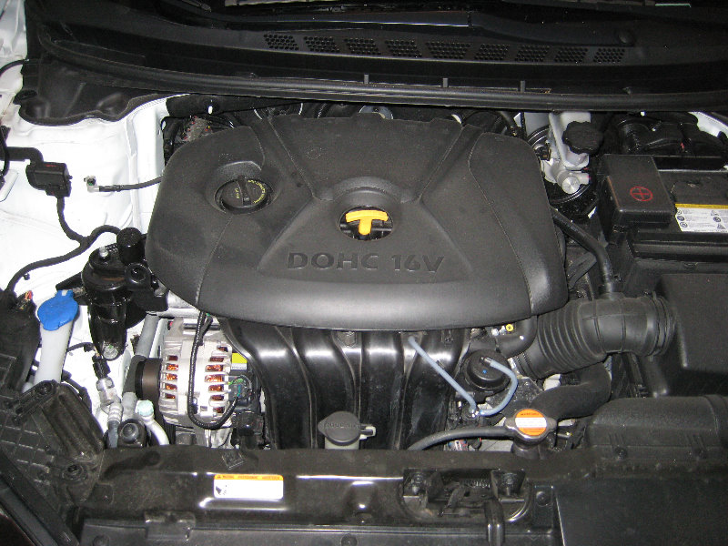 Hyundai Elantra Engine Oil Change Guide 001