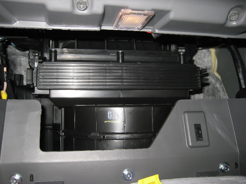 Hyundai Sonata Hvac Cabin Air Filter Replacement Guide 011