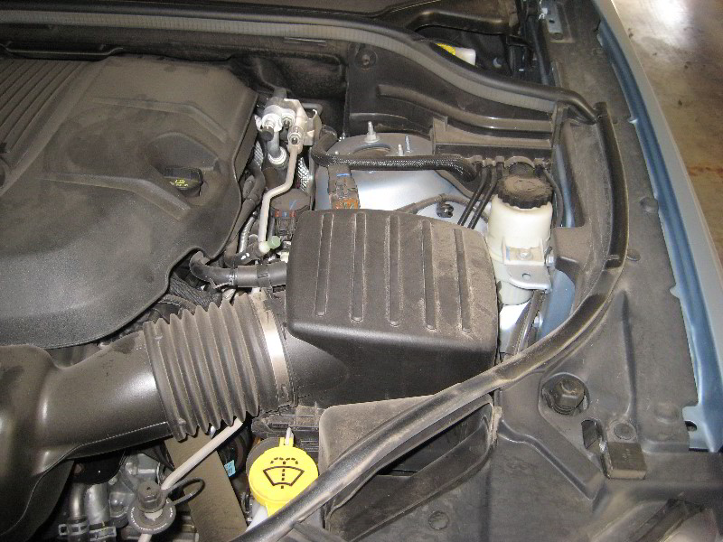 Jeep Grand Cherokee Engine Air Filter Replacement Guide on 3 V6 Engine