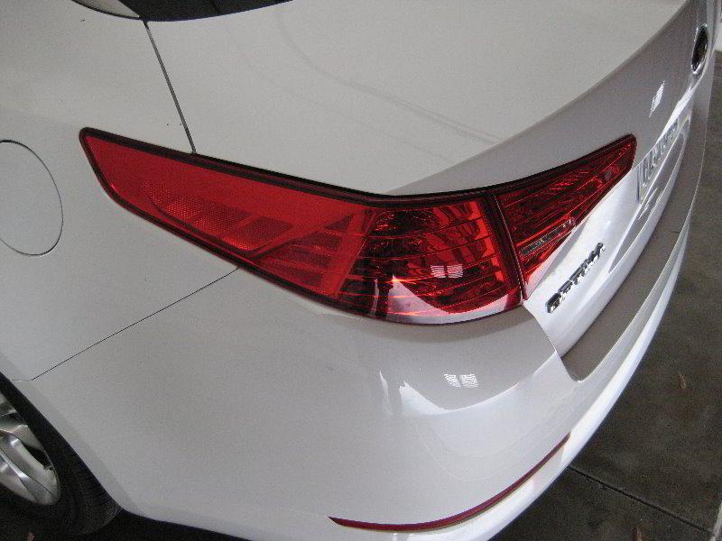 Kia Optima Tail Light Bulbs Replacement Guide 001