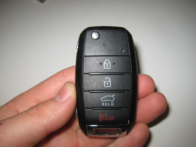 Kia Sorento Key Fob Battery Replacement Guide on 2010 Kia Sorento