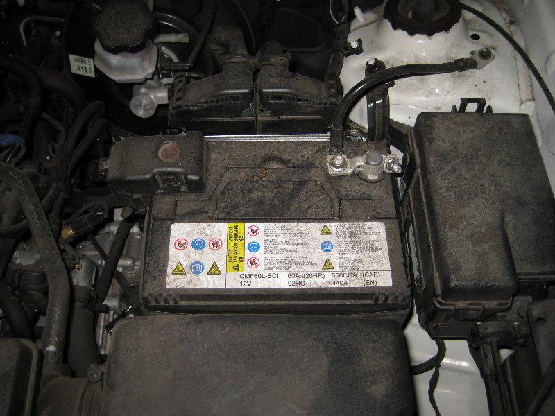 Kia Soul 12v Automotive Battery Replacement Guide 001
