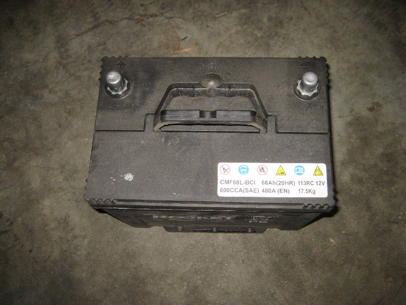 Kia Sportage V Automotive Battery Replacement Guide