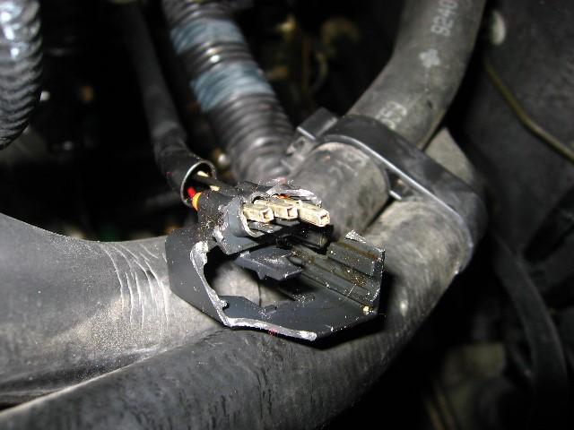 Altima-Crankshaft-Camshaft-Sensor-Replacement-052