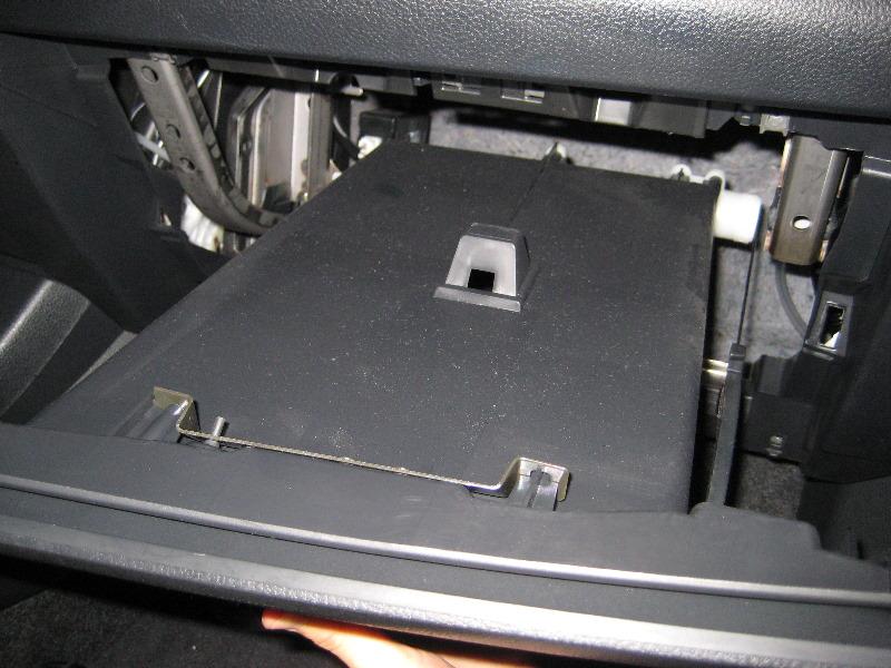 Nissanversacabinairfilterreplacementguide026rhpaulstravelpictures: Nissan Versa Cabin Air Filter Location At Gmaili.net