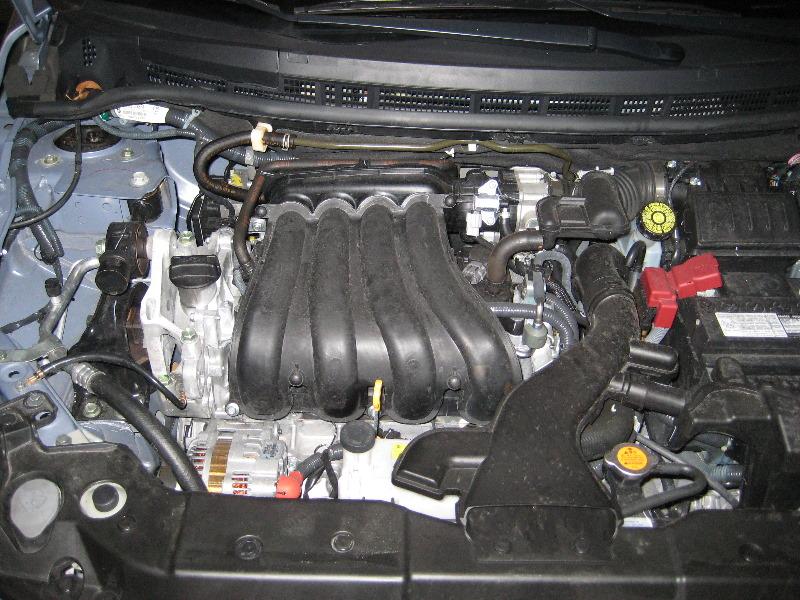 Nissan-Versa-MR18DE-I4-Engine-Oil-Change-Guide-001