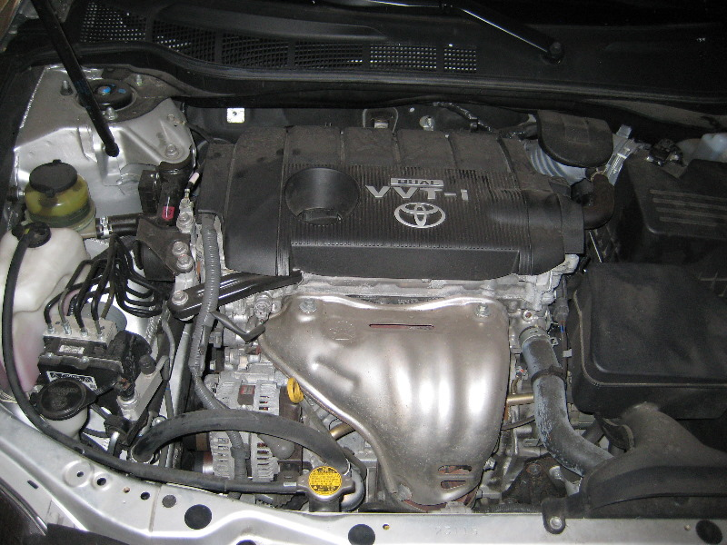 Toyota-Camry-Engine-Oil-Change-DIY-Guide-001