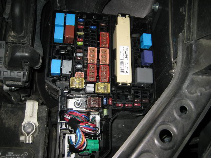 Toyota-Sienna-Electrical-Fuse-Replacement-Guide-004   2014 Toyota Sienna Fuse Box      Paul's Travel Pictures
