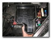 Press Cover Release Tab Toyota Sienna Electrical Fuse Replacement Guide 003