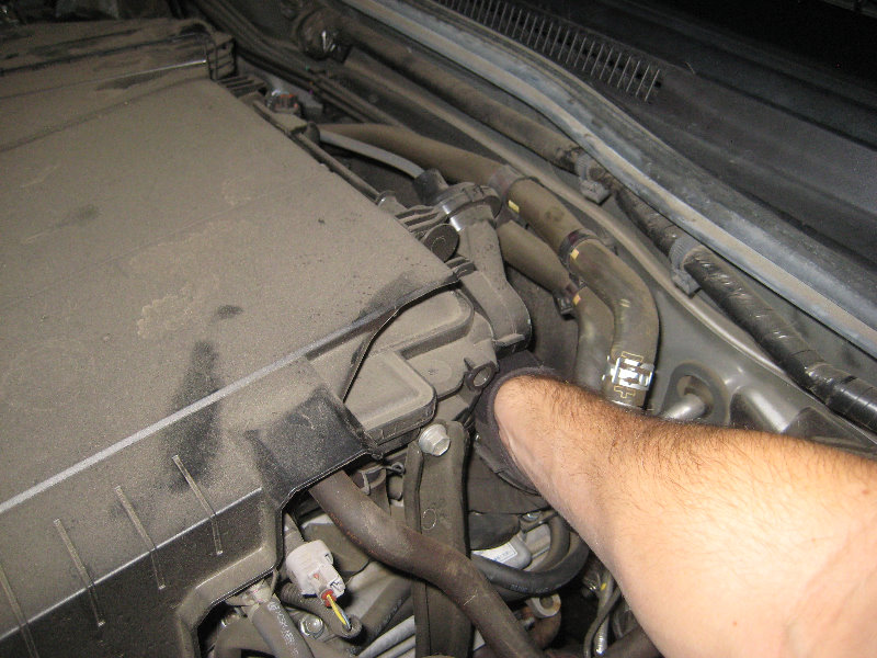 D Ls Ls Pcv System Connected Up Wrong Img Zpswo Hjav besides D Ea Ef C also Toyota Ta a V Engine Pcv Valve Replacement Guide additionally D Diy Replacing Front Left Valve Cover Leak in addition Maxresdefault. on pcv valve location