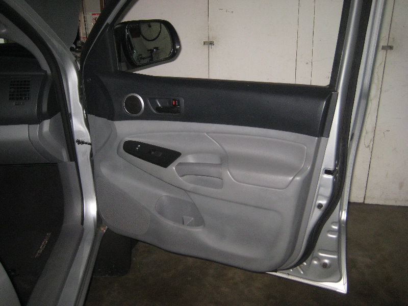 2005 2015 toyota tacoma interior door panel removal speaker replacement guide 001. Black Bedroom Furniture Sets. Home Design Ideas